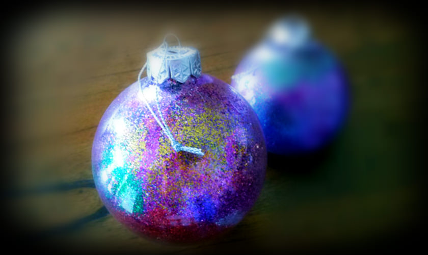 Kids Christmas Bauble Activity